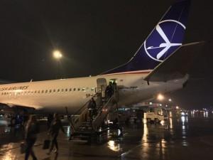 lot-avion-pista